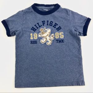 🍀$2🍀 Tommy Hilfiger t shirt